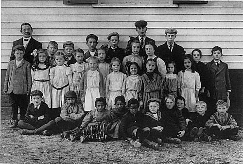 Brielle school children circa 1910-1918