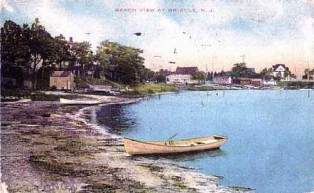 (Circa 1905) Pearce's BoatHouse in center of photo.